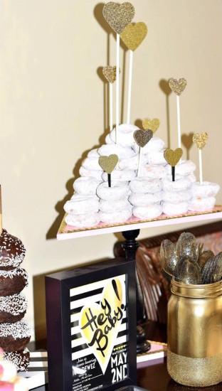 Glam Baby Shower desserts