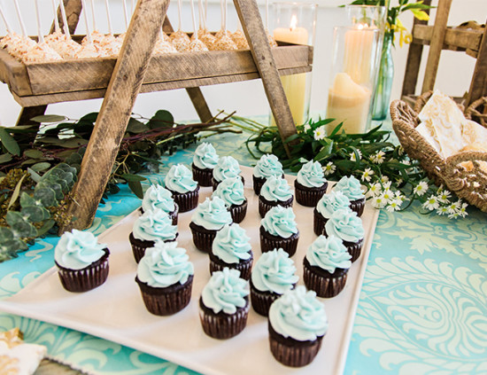 Bohemian Baby Shower mint frosting
