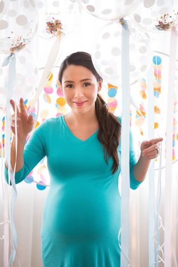 white polka dot balloons