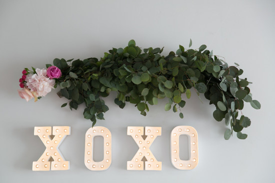 xoxo baby shower decoration