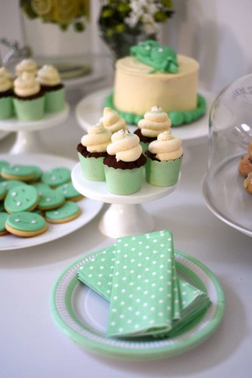 two-peas-in-a-pod-baby-shower-twins-napkin