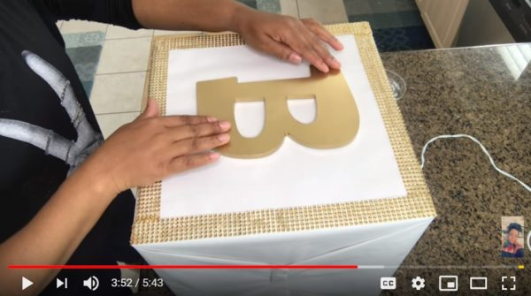 diy-centerpiece-baby-block-boxes