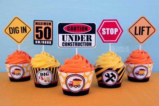 baby-under-construction-baby-shower cupcake toppers