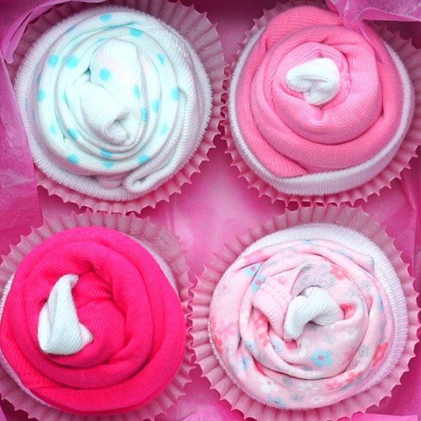 onesie-socks-cupcake-baby-shower-gift-ideas