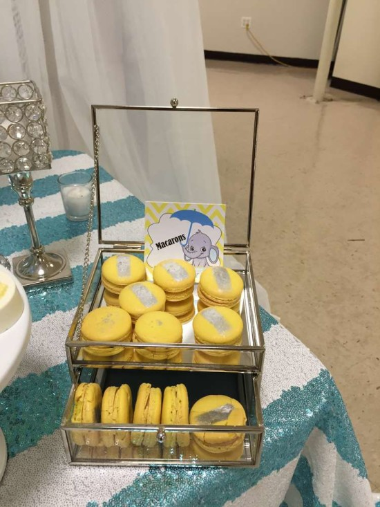 Baby-Shower-Elephants-Macarons
