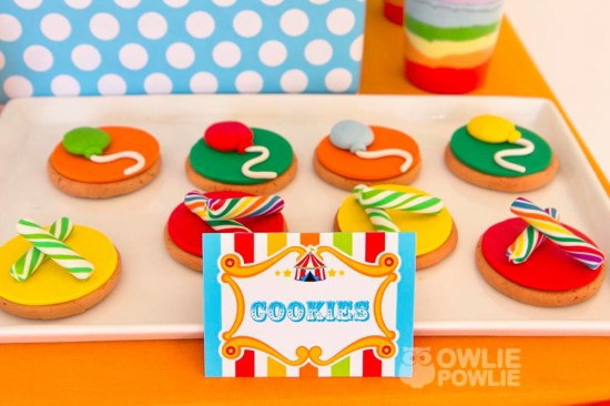 circus-carnival-baby-shower cookies food labels