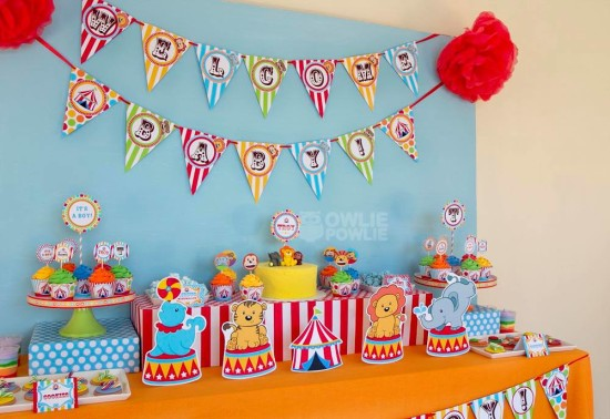 circus-carnival-baby-shower decoration ideas dessert tablescape