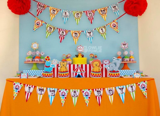 circus-carnival-baby-shower main table