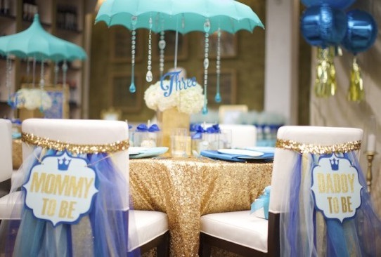 coed baby shower mommy and daddy chairs