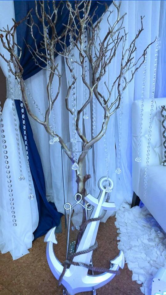 Blue-and-White-Nautical-Baby-Shower-Sparkle-Tree