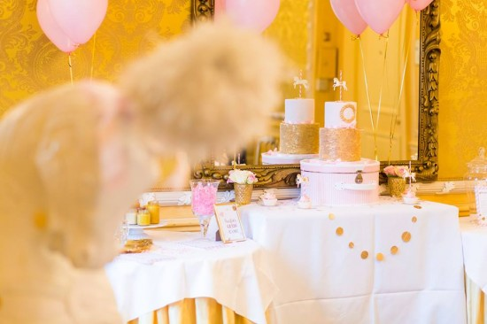 Golden-Carrousel-Babyshower-Cake-Table-Decor