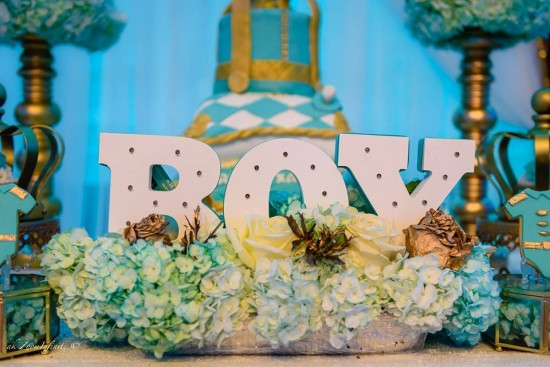 Golden-Glamorous-Prince-Baby-Shower-Flower-Display