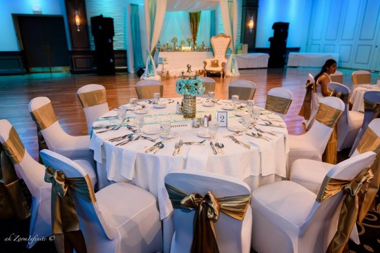 Golden-Glamorous-Prince-Baby-Shower-Guest-Tables