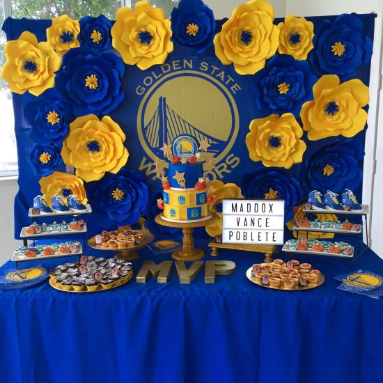 Golden-State-Warriors-MVP-Baby-Shower-Backdrop-Flowers