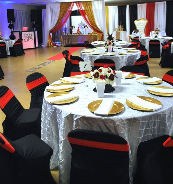 Chic-Hollywood-Red-Carpet-Baby-Shower-Guest-Seating