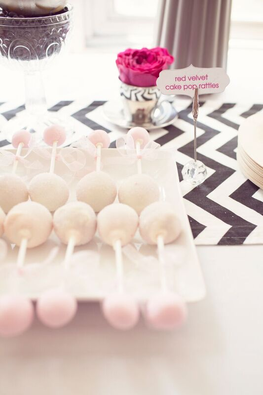 Chic-Pamper-Me-Baby-Shower-Cakepops