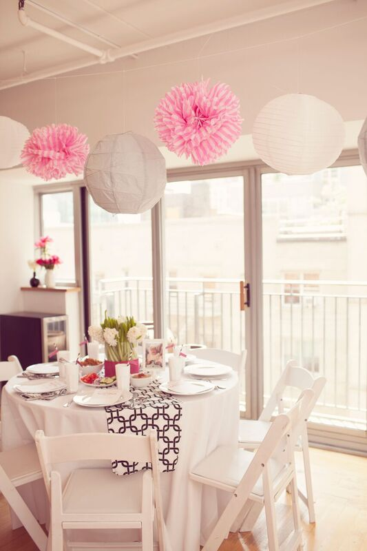 Chic-Pamper-Me-Baby-Shower-Visitor-Seating