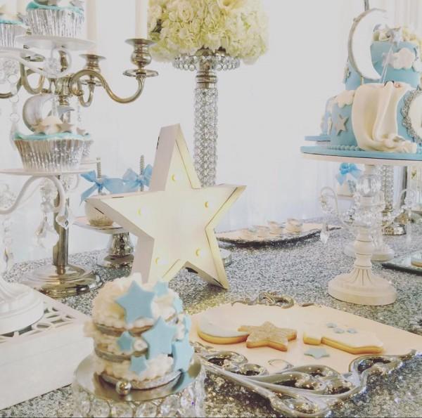 Elegant-Twinkle-Twinkle-Little-Star-Cupcakes