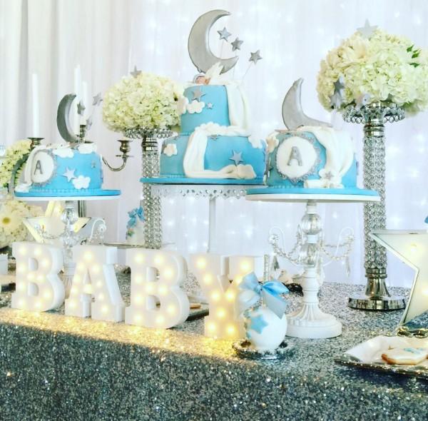 Elegant-Twinkle-Twinkle-Little-Star-Dessert-Table