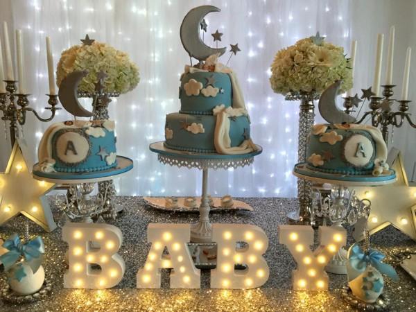 Elegant-Twinkle-Twinkle-Little-Star-Dessert-Table-Illuminated