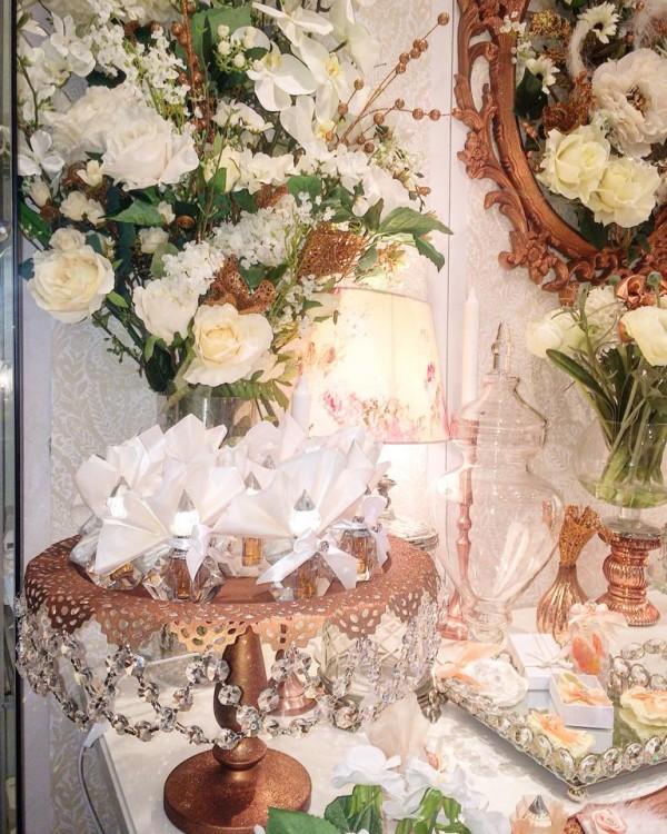 Floral-Copper-Baby-Shower-Flower-Decor