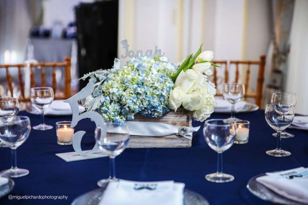Sophisticated-Mustaches-And-Bows-Baby-Shower-Guest-Seating