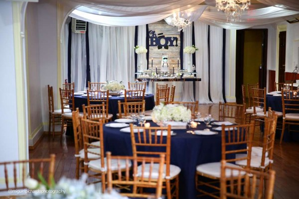 Sophisticated-Mustaches-And-Bows-Baby-Shower-Guest-Tables