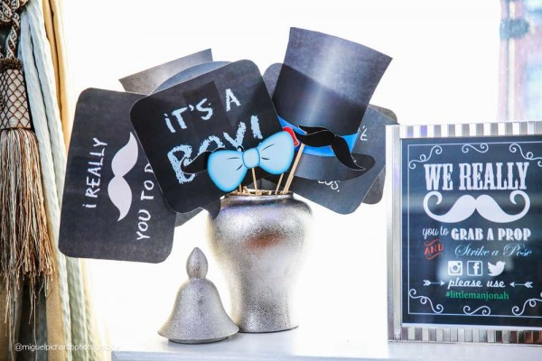 Sophisticated-Mustaches-And-Bows-Baby-Shower-Photo-Props