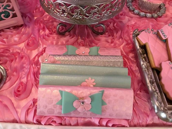 Teal-And-Pink-Modern-Chic-Baby-Shower-Wallets