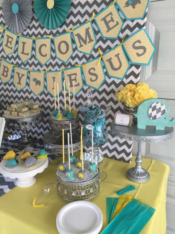 Chevron-Elephant-Baby-Shower-Animal-Decor
