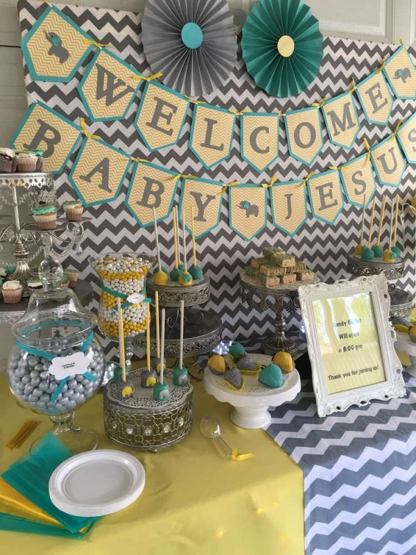 Chevron-Elephant-Baby-Shower-Cake-Pops