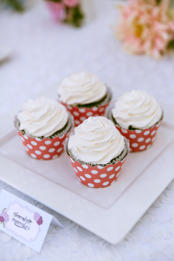 Floral-Tea-Party-Shower-Cupcakes