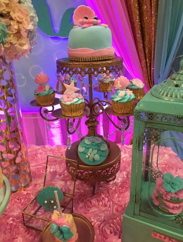 Mythical-Mermaid-Baby-Shower-Minicake