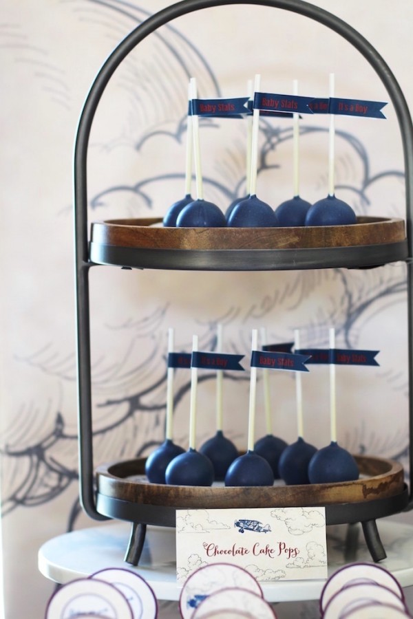 Classic-Airplane-Baby-Shower-Cakepops