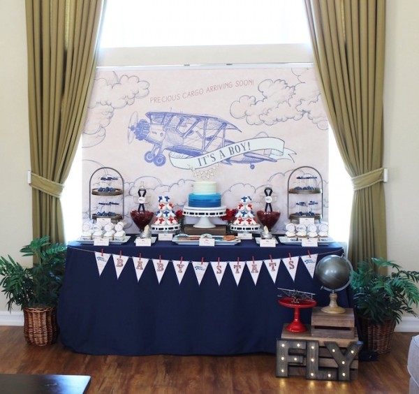Classic-Airplane-Baby-Shower-Dessert-Table