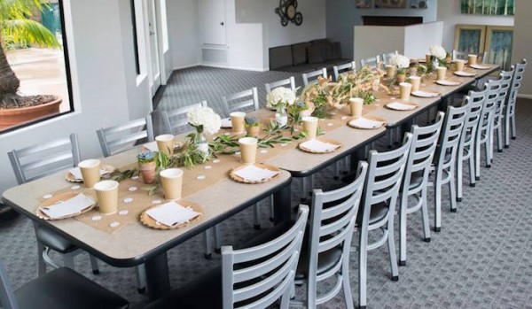 Contemporary-Safari-Baby-Shower-Guest-Seating