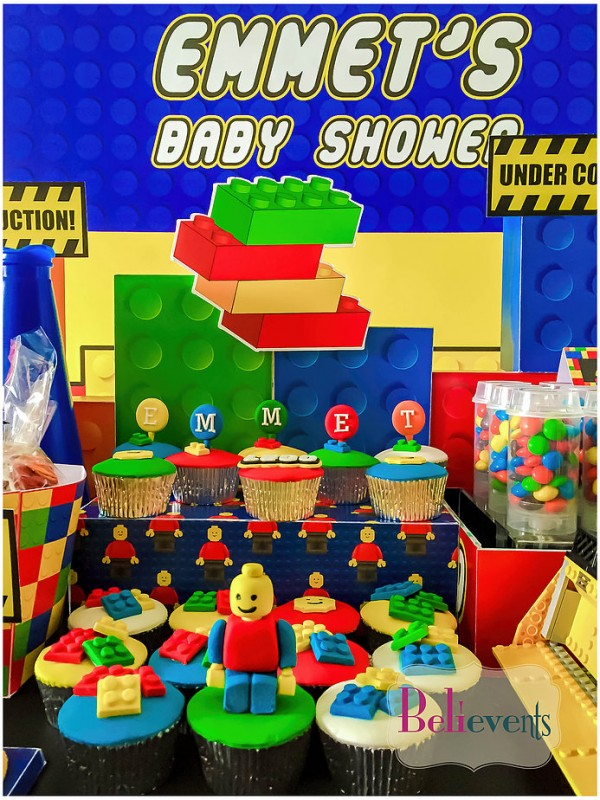 Lego-Construction-Baby-Shower-Cupcakes