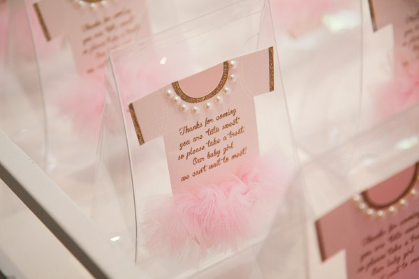 Pink-And-Gold-Tutu-Cute-Baby-Shower-Treat-Bags