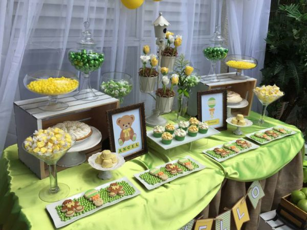 Sweet-Teddy-Bears-Baby-Shower-Snack-Table