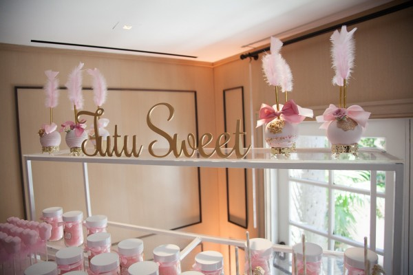 gold-tutu-baby-shower-ballerina-ideas-sweet-desserts