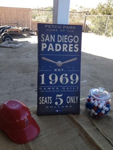 vintage-baseball-baby-shower-sign