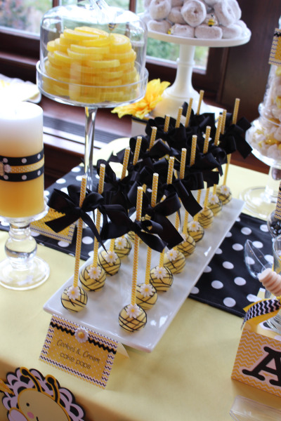 Blissful-Bumble-Bee-Baby-Shower-Cakepops