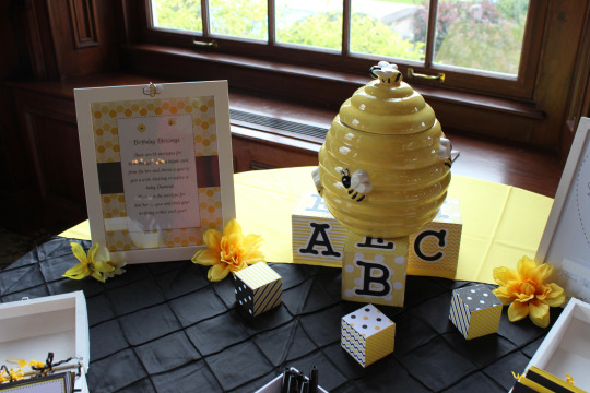 Blissful-Bumble-Bee-Baby-Shower-Hive-Decor