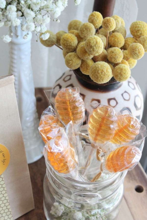 Bright-Bee-Loved-Baby-Shower-Honey-Comb-Lollipops