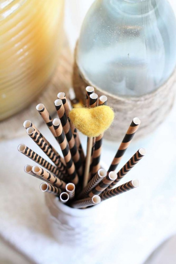 Bright-Bee-Loved-Baby-Shower-Straws