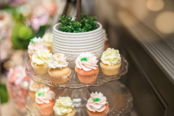 Charming-Garden-Baby-Shower-Mini-Cupcakes