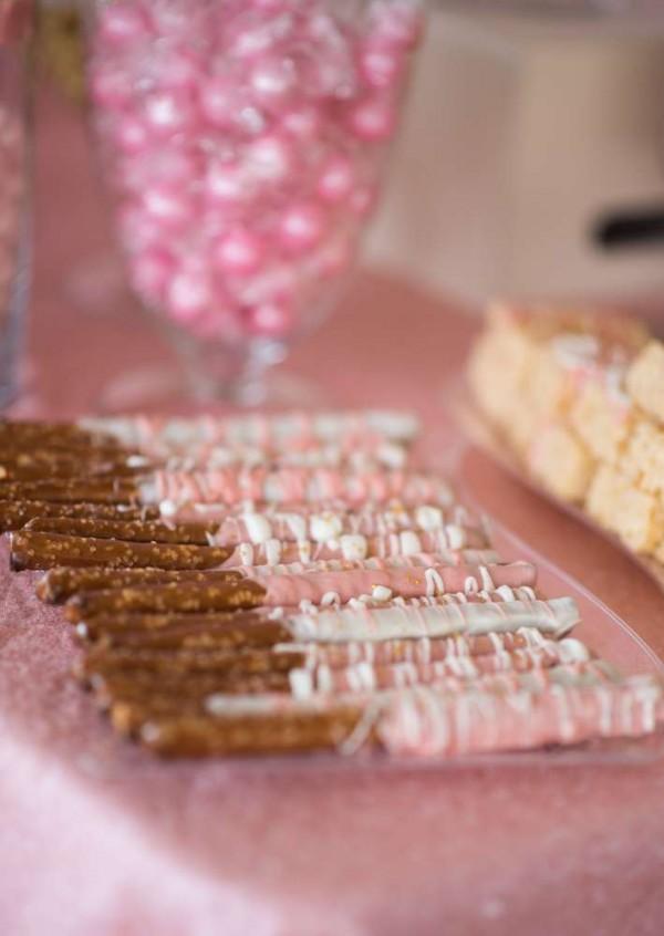 Shimmering-Pink-And-Gold-Baby-Shower-Pretzels