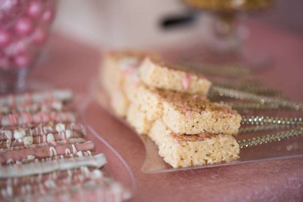 Shimmering-Pink-And-Gold-Baby-Shower-Rice-Krispy