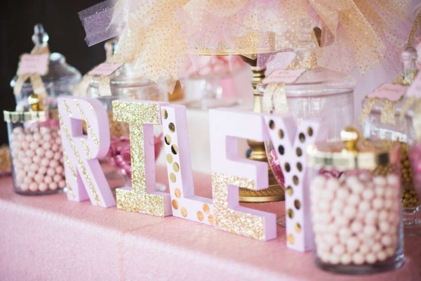 Shimmering-Pink-And-Gold-Baby-Shower-Wooden-Letters