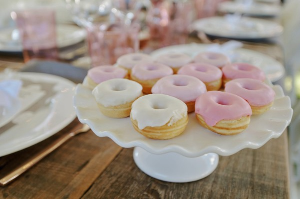 Floral-Backyard-Baby-Shower-Donuts